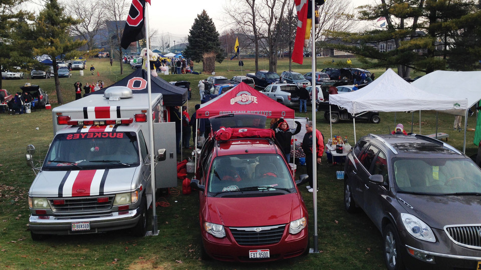 Tailgating cars
